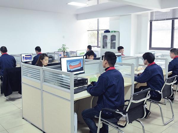 公司團隊 (4)